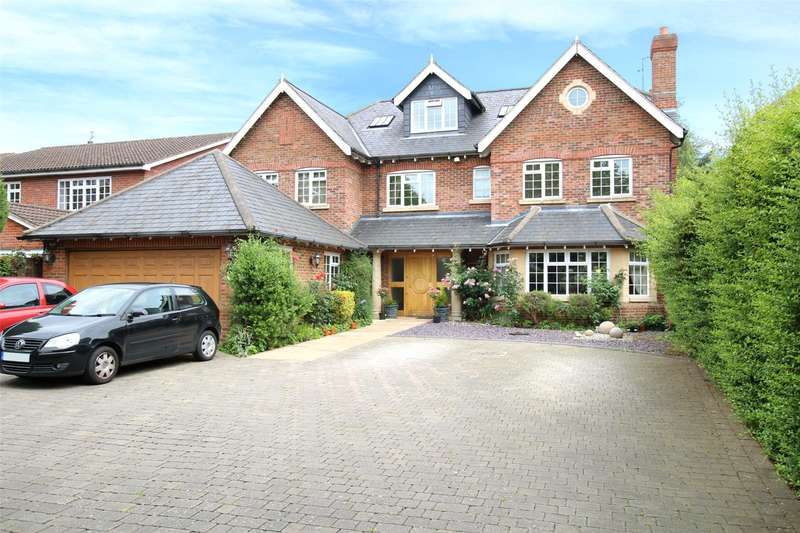 5 Bedrooms Detached House for sale in New House Park, St. Albans, Hertfordshire, AL1