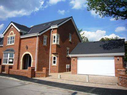 5 Bedrooms Detached House for sale in Middlewood Road, High Lane, Stockport, Greater Manchester