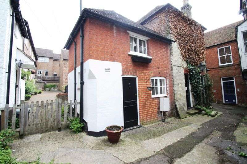 1 Bedroom Semi Detached House for sale in Austins Place, Hemel Hempstead