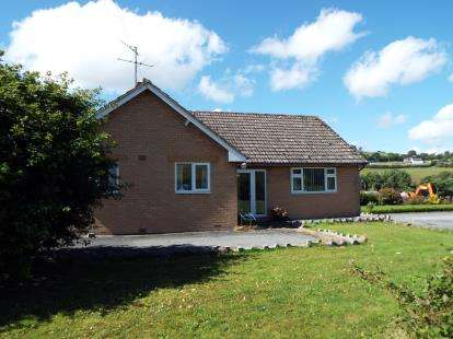 3 Bedrooms Bungalow for sale in Bryn Saith Marchog, Corwen, Denbighshire, LL21