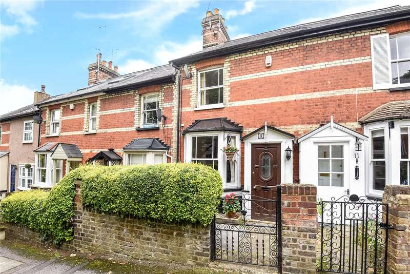 3 Bedrooms Terraced House for sale in Parsonage Road, Rickmansworth, Hertfordshire, WD3