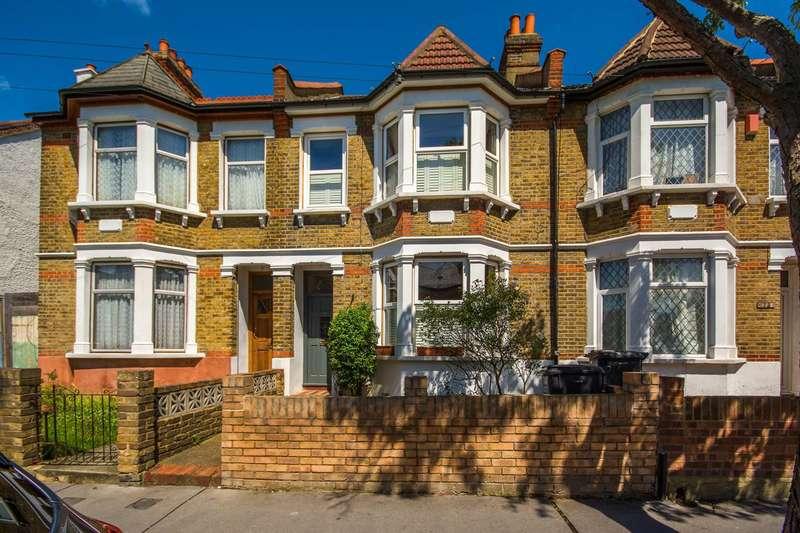 3 Bedrooms House for sale in Howberry Road, Thornton Heath, CR7
