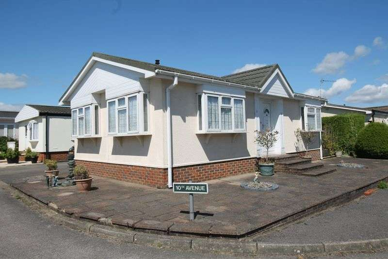 2 Bedrooms Property for sale in Lower Kingswood