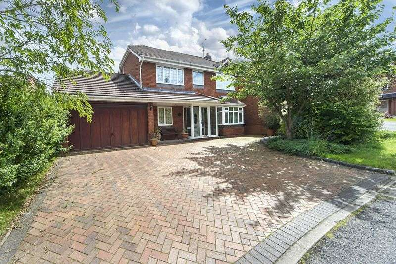 3 Bedrooms Detached House for sale in College Farm Close, Pattingham, Wolverhampton