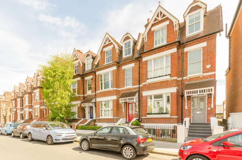 3 Bedrooms House for rent in Willoughby Road, Hampstead, NW3