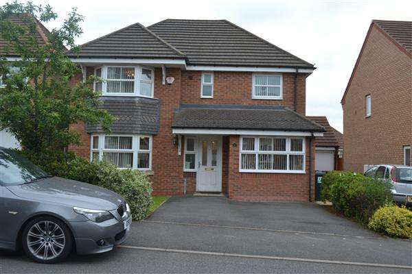 4 Bedrooms Detached House for sale in Thornbury Road, Walsall