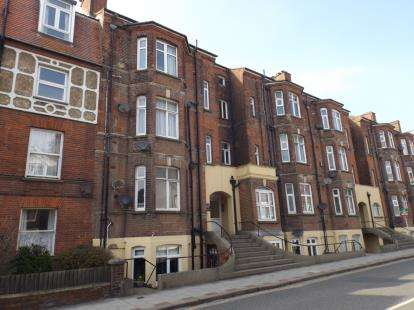 2 Bedrooms Flat for sale in Prince Of Wales Road, Cromer, Norfolk