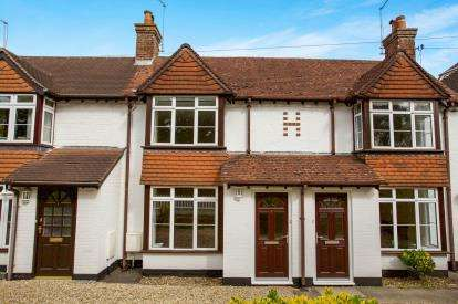 2 Bedrooms Terraced House for sale in Southampton Road, Lyndhurst, Hampshire