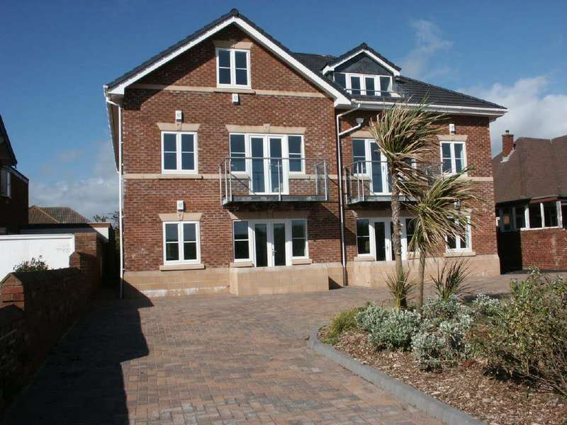 2 Bedrooms Flat for sale in 2 Orchard Gardens, Inner Promenade, St Annes