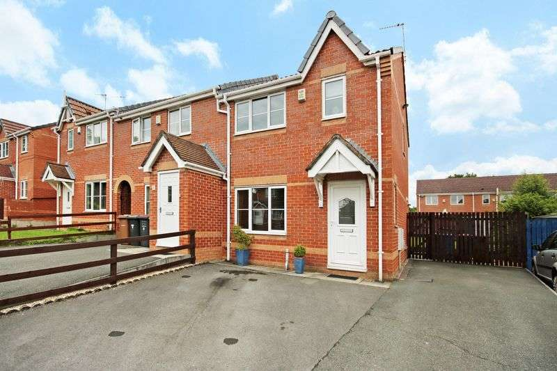 3 Bedrooms Semi Detached House for sale in Leavale Close, Little Hulton M38 0FA