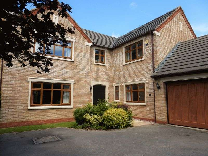 5 Bedrooms Detached House for sale in Old School Drive, Longton, Preston