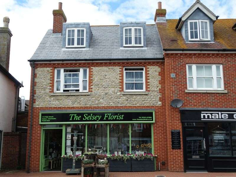 1 Bedroom Flat for sale in High Street, Selsey