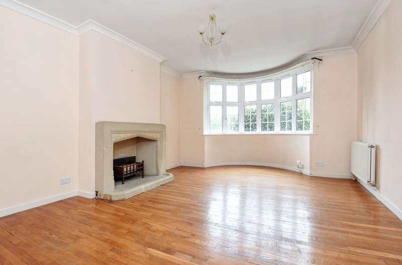 3 Bedrooms Flat for sale in Wimbledon Close, Wimbledon, SW20