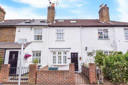 2 Bedrooms House for sale in Palace Road, Bromley
