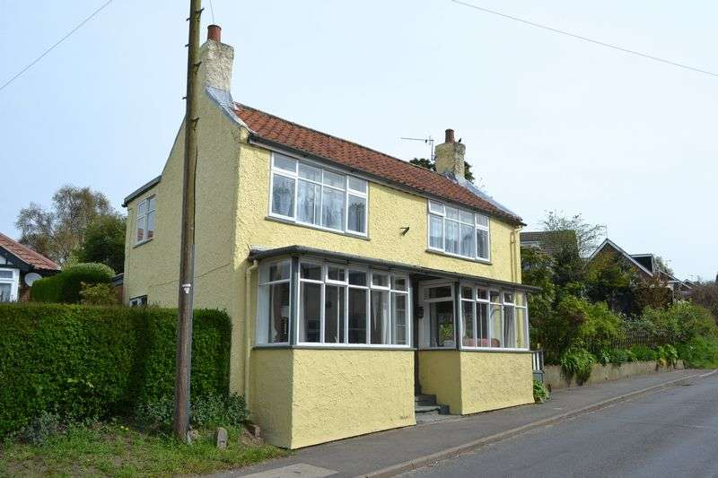 3 Bedrooms Detached House for sale in North Kelsey Road, Caistor
