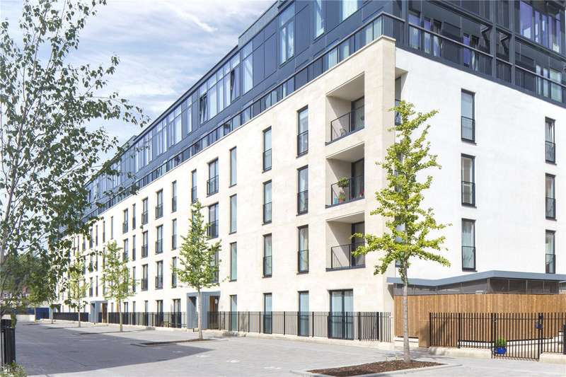 2 Bedrooms Flat for sale in Alexandra House, Victoria Bridge Road, Bath, Somerset, BA2