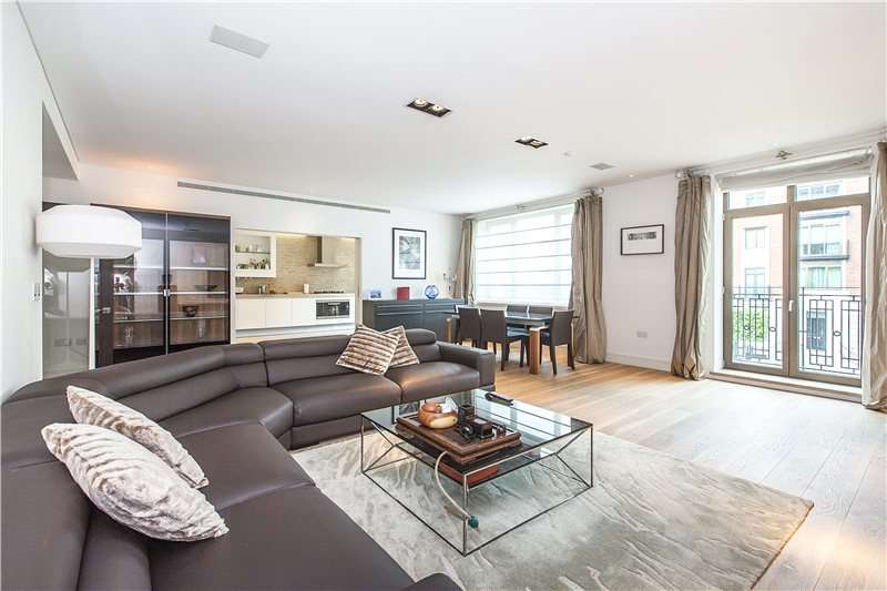 3 Bedrooms Flat for sale in Atkins Lodge, Thornwood Gardens, London, W8