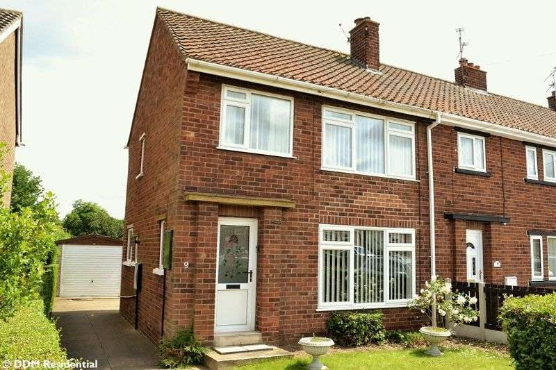 3 Bedrooms Semi Detached House for sale in George Street, Broughton