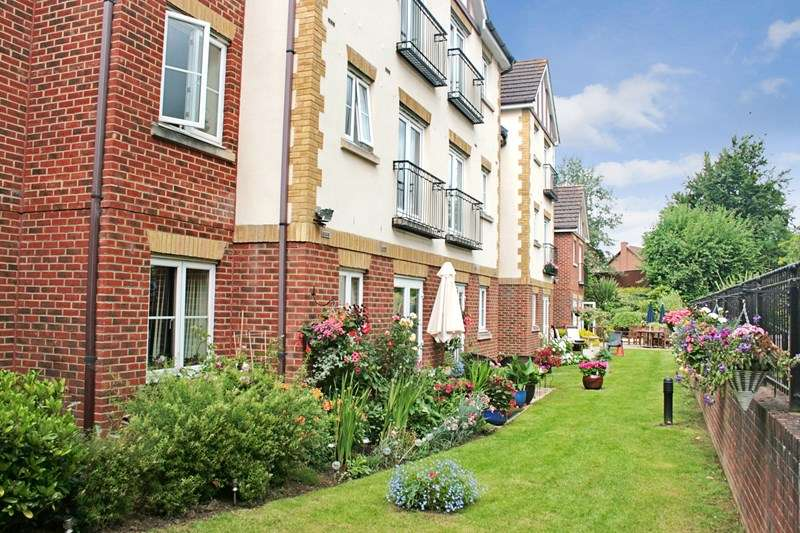 1 Bedroom Retirement Property for sale in Calcot Priory, Reading, RG31 7QD