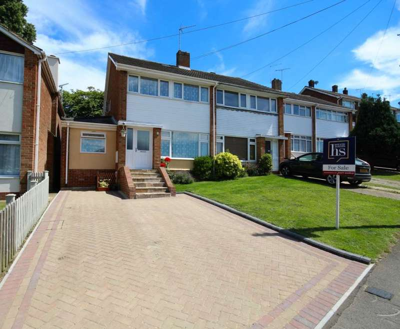 4 Bedrooms Semi Detached House for sale in The Vale, Brentwood