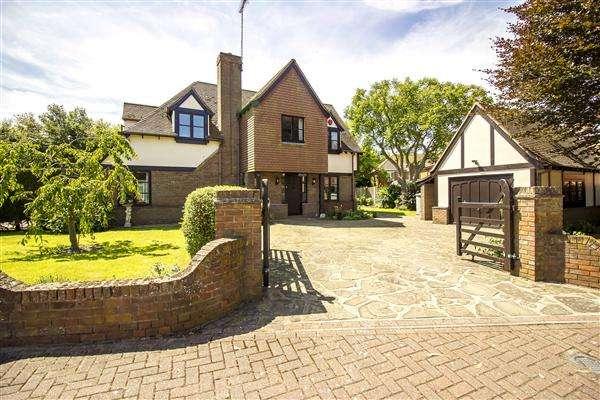 4 Bedrooms Detached House for sale in Wealdhurst Park, Wealdhurst Park, Broadstairs