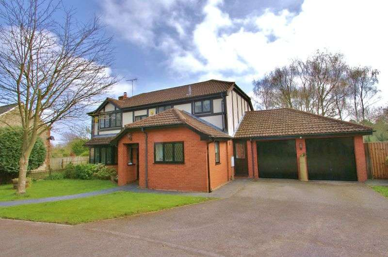 5 Bedrooms Detached House for sale in Broad Bush, Blunsdon, Wiltshire
