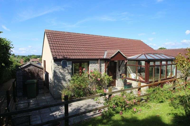 1 Bedroom Semi Detached Bungalow for sale in Parkfields Orchard, Glastonbury