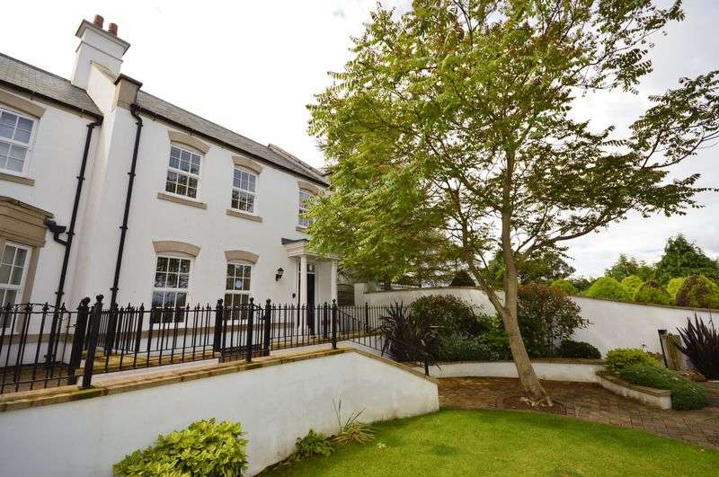 3 Bedrooms Terraced House for sale in Whitehall Gardens, Spital Bridge, Whitby