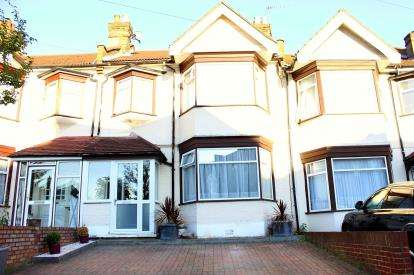 3 Bedrooms House for sale in Ilford