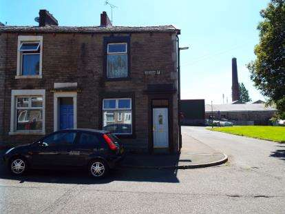 2 Bedrooms End Of Terrace House for sale in Lightbown Street, Darwen, Lancashire