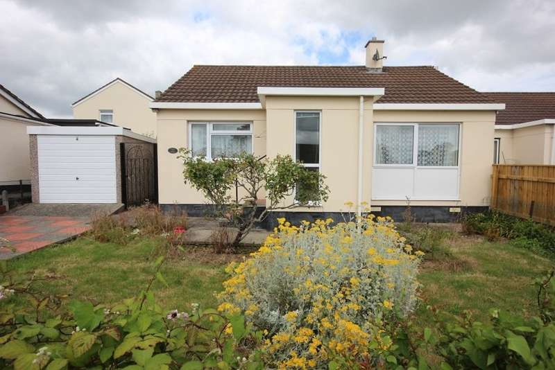 2 Bedrooms Semi Detached Bungalow for sale in Tweenways, Kingsteignton