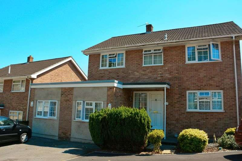 4 Bedrooms Detached House for sale in Manor Valley, Weston-Super-Mare