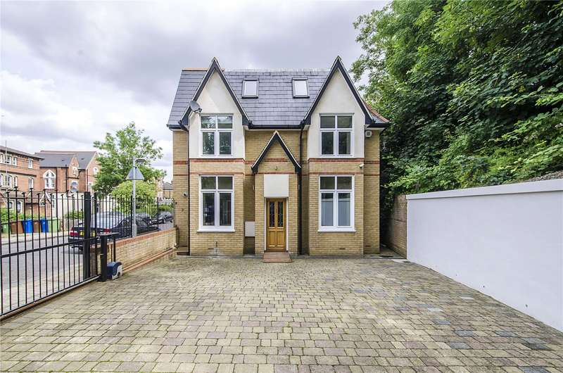 5 Bedrooms Detached House for sale in Wood Vale, London, SE23