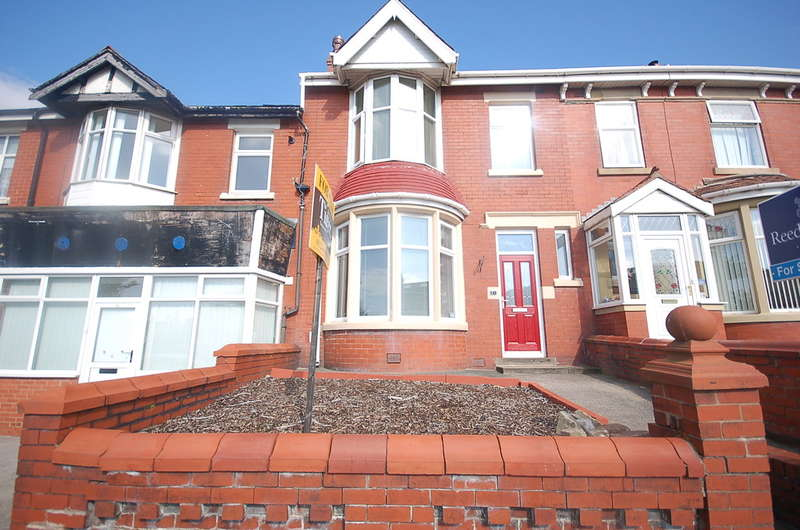 3 Bedrooms Terraced House for sale in Layton Road, Blackpool
