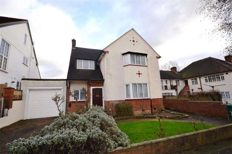 4 Bedrooms Detached House for sale in Bittacy Park Avenue, Mill Hill, London, NW7
