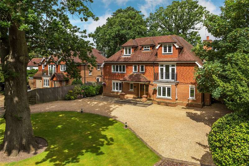 6 Bedrooms Detached House for sale in Firbank Lane, St Johns, Woking, Surrey, GU21
