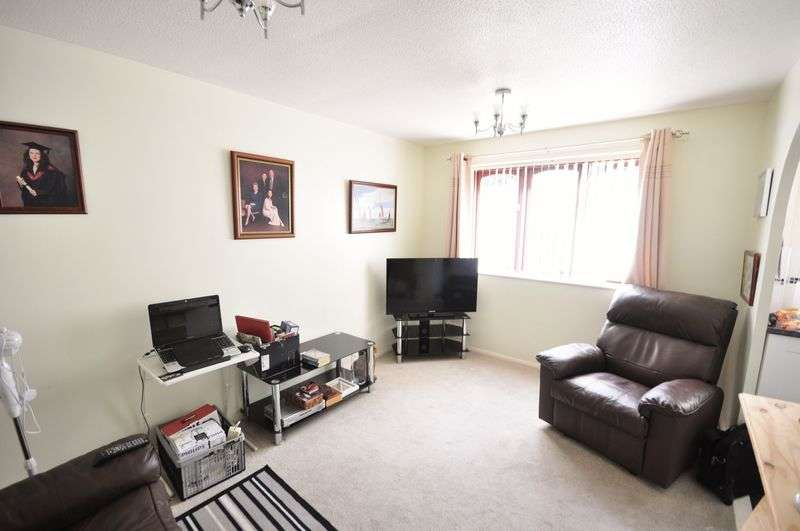1 Bedroom Flat for sale in Cobbinsbank