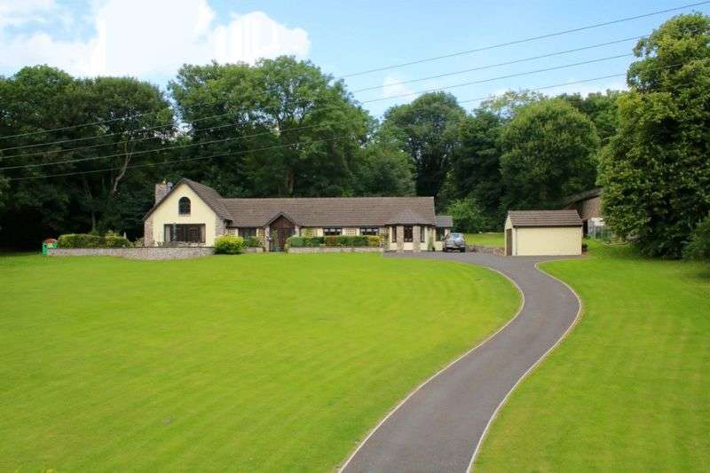 4 Bedrooms Detached House for sale in Denbigh Road, Afonwen