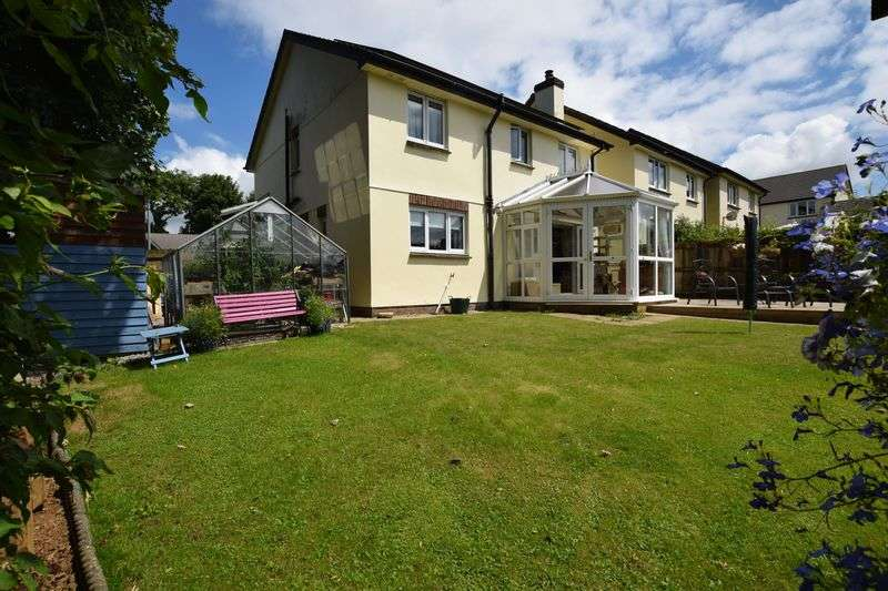4 Bedrooms Detached House for sale in Five Lanes, Launceston