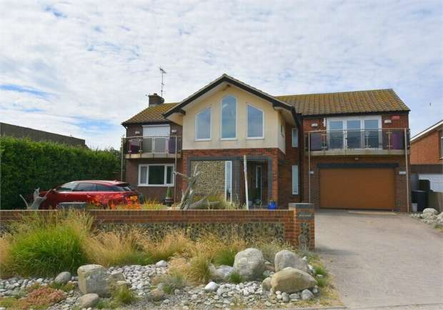 4 Bedrooms Detached House for sale in Marine Drive, Kingsgate, Broadstairs, Kent