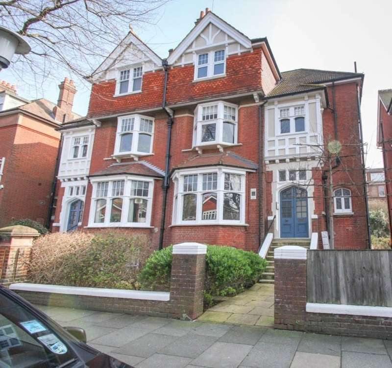 2 Bedrooms Flat for sale in Fourth Avenue, Hove