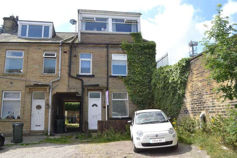 3 Bedrooms Terraced House for sale in Holly Street, Horton Bank Top, Bradford