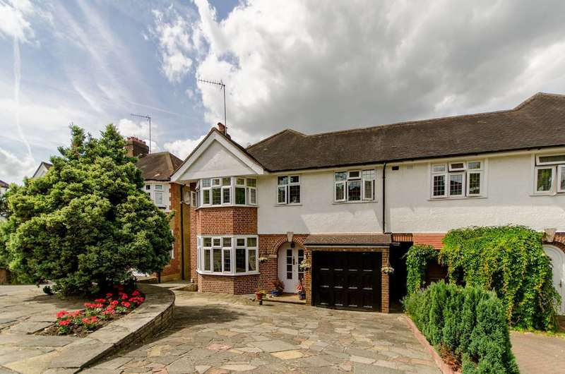 4 Bedrooms House for sale in The Spinney, Winchmore Hill, N21