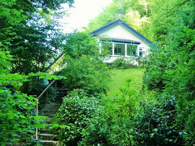 2 Bedrooms Detached Bungalow for sale in Barbrook, Lynton