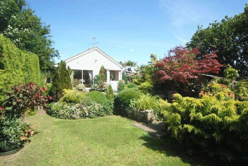 3 Bedrooms Detached Bungalow for sale in Pitney Hill, Langport