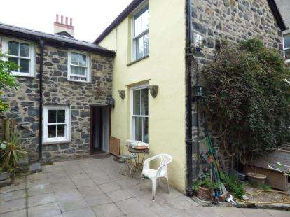 2 Bedrooms Detached House for sale in Pant Yr Afon, Penmaenmawr, Conwy, LL34