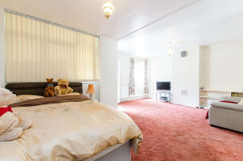 Bungalow for sale in Durham Row, Stepney, E1