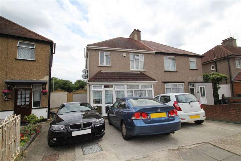 3 Bedrooms Property for sale in Ellington Road, Hounslow