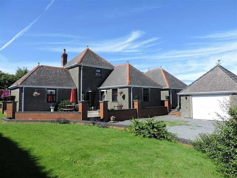 3 Bedrooms Property for sale in New Hill, Goodwick