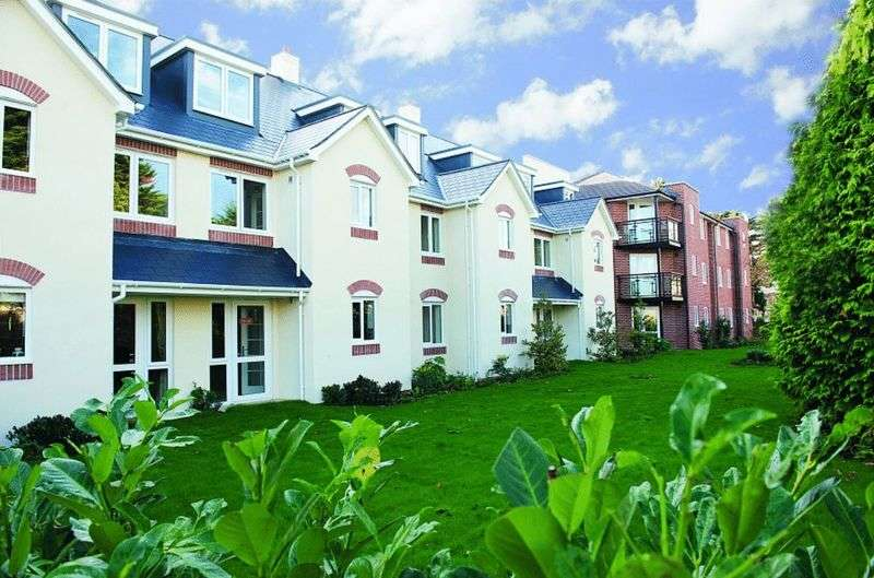 1 Bedroom Retirement Property for sale in Worthing, Catherine Lodge